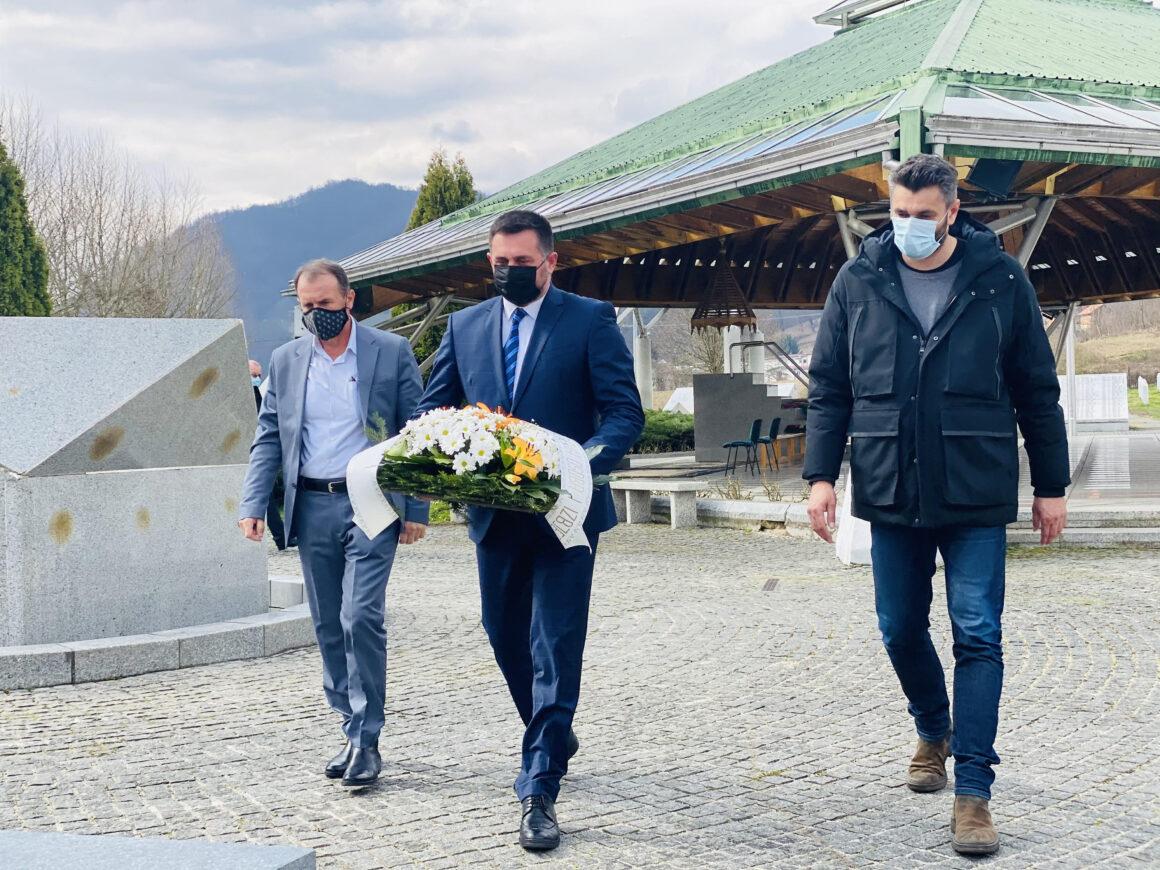 Ministar Ramić: Nastavljamo investirati u Srebrenicu.
