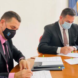 Ramić u Banovićima: Potpisani sporazumi ukupne vrijednosti oko 2 miliona KM