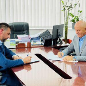 Ramić i Džafić potpisali sporazum: Počinje izgradnja puta Prnjavor – Čanići