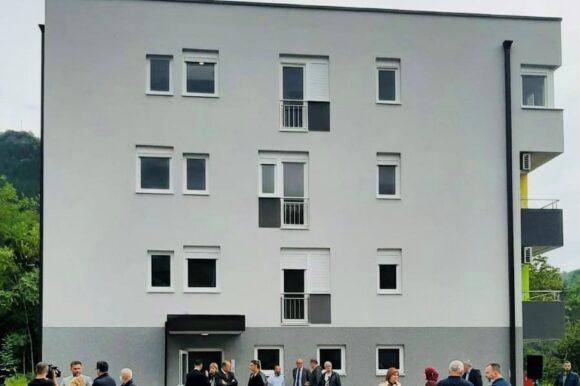 U Jablanici 8 porodica dobilo ključeve stanova